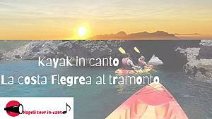 Kayak in canto: la costa flegrea al tramonto