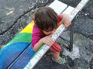Torino panchine arcobaleno firmate artemixia per la giornata mondiale contro l'omo-bi-tran