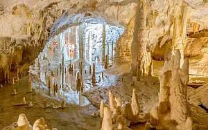 Grotte di frasassi e parco avventura